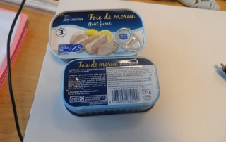 CAN OFFER COD LIVER  CLUB CAN 121 GR  FRENCH LABEL ONE CONTAINER